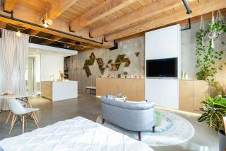 """Photo 14: 219 55 E CORDOVA Street in Vancouver: Downtown VE Condo for sale in """"KORET LOFTS"""" (Vancouver East)  : MLS®# R2560777"""