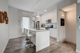 Photo 9: 7038 34 Avenue NW in Calgary: Bowness Row/Townhouse for sale : MLS®# A1096713