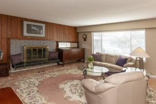 """Photo 2: 3580 ST. THOMAS Street in Port Coquitlam: Lincoln Park PQ House for sale in """"SUN VALLEY"""" : MLS®# R2292650"""