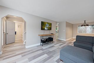 Photo 2: 1583 Hobson Ave in : CV Courtenay East House for sale (Comox Valley)  : MLS®# 867081