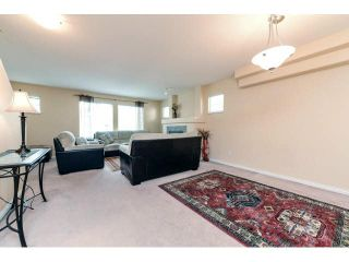 """Photo 7: 60 6533 121ST Street in Surrey: West Newton Townhouse for sale in """"STONEBRAIR"""" : MLS®# F1422677"""