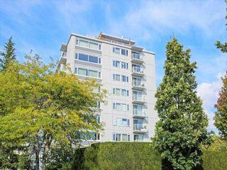 """Photo 4: 406 6076 TISDALL Street in Vancouver: Oakridge VW Condo for sale in """"THE MANSION HOUSE ESTATES LTD"""" (Vancouver West)  : MLS®# R2409487"""