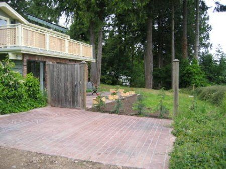 Photo 15: Photos: 176 Fort Street: Residential Detached for sale (Saltspring Island)  : MLS®# 202397