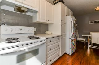 Photo 13: 4D MEADOWLARK Village in Edmonton: Zone 22 Townhouse for sale : MLS®# E4248412