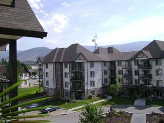 Photo 1: 404 - 256 HASTINGS AVENUE in PENTICTON: Residential Attached for sale : MLS®# 140039