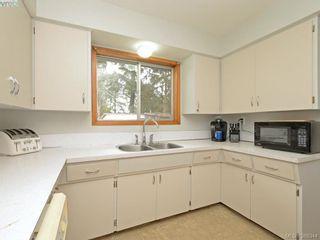 Photo 6: 824 orono Ave in VICTORIA: La Langford Proper House for sale (Langford)  : MLS®# 780409
