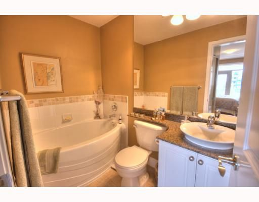 """Photo 8: Photos: 323 4600 WESTWATER Drive in Richmond: Steveston South Condo for sale in """"COPPER SKY"""" : MLS®# V757360"""