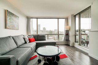 """Photo 3:  in Burnaby: Cariboo Condo for sale in """"STRATHMORE TOWERS"""" (Burnaby North)  : MLS®# R2546524"""