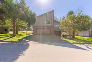 "Photo 3: 5493 ELWYN Drive in Burnaby: Deer Lake House for sale in ""BLENHEIM WOODS"" (Burnaby South)  : MLS®# R2356735"