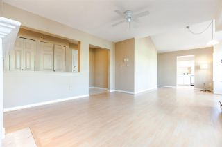 """Photo 5: PH2 611 - 611 W 13TH Avenue in Vancouver: Fairview VW Condo for sale in """"Tiffany Court"""" (Vancouver West)  : MLS®# R2311200"""