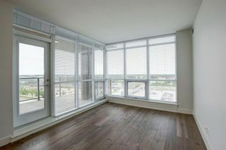Photo 4: 402 10 Shawnee Hill SW in Calgary: Shawnee Slopes Apartment for sale : MLS®# A1128557