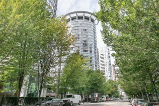 Photo 2: 1206 1288 ALBERNI Street in Vancouver: West End VW Condo for sale (Vancouver West)  : MLS®# R2610560