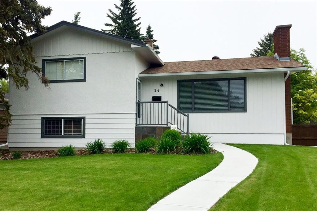 Main Photo: 26 Holden Road SW in Calgary: Haysboro Detached for sale : MLS®# A1083343