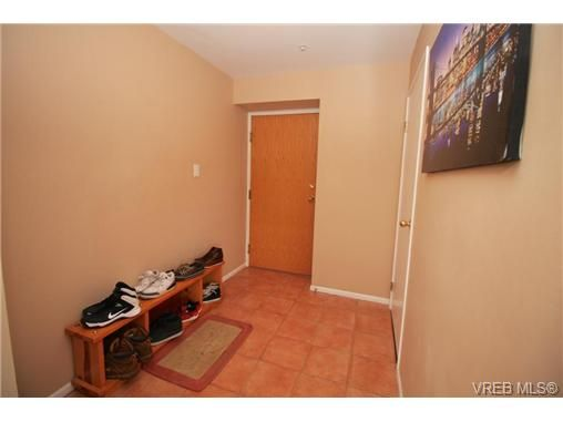 Photo 15: Photos: 1106 1020 View St in VICTORIA: Vi Downtown Condo for sale (Victoria)  : MLS®# 701380