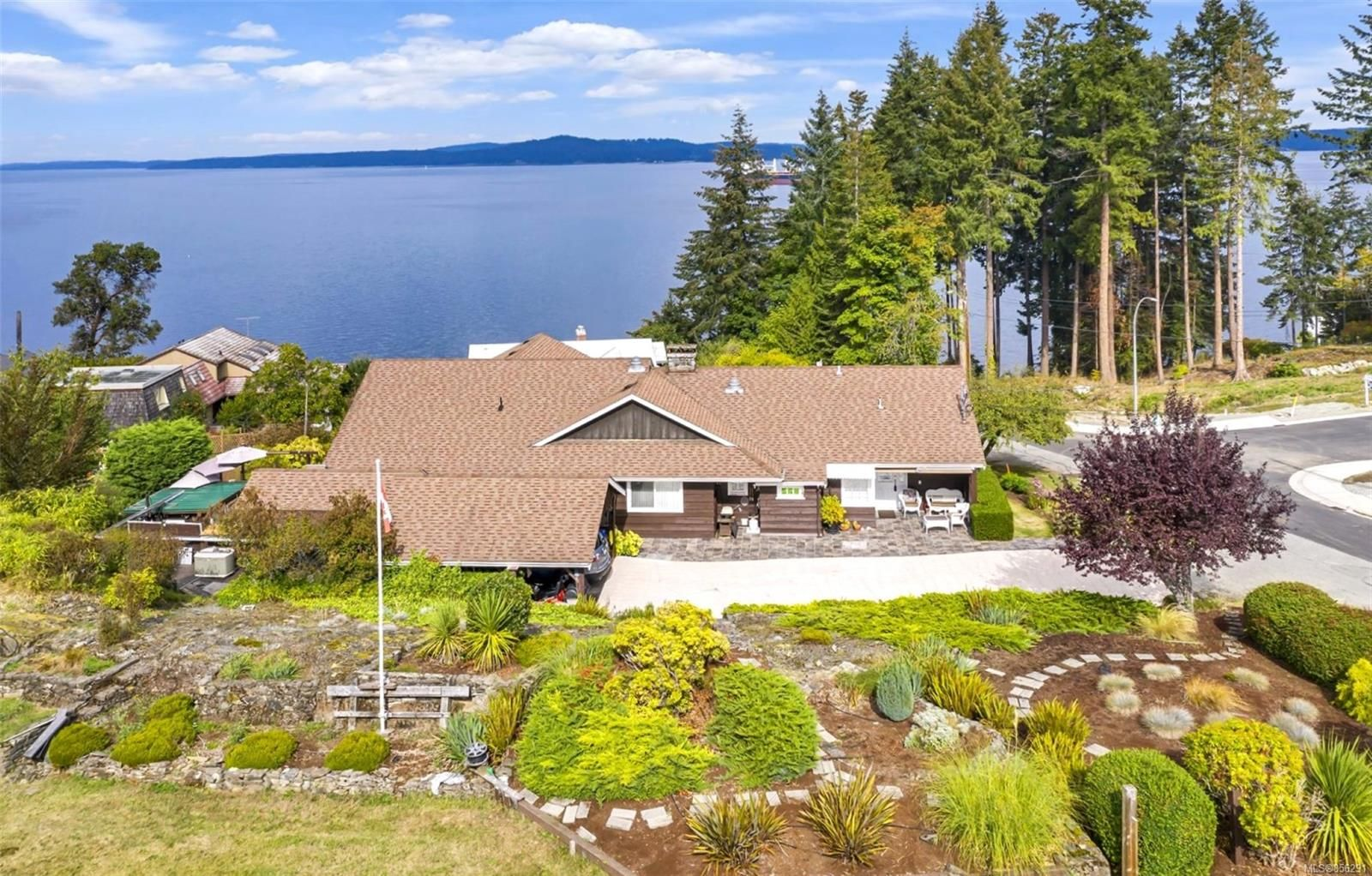Main Photo: 3191 Malcolm Rd in : Du Chemainus House for sale (Duncan)  : MLS®# 856291