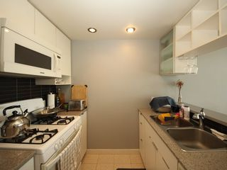 """Photo 8: 2903 928 BEATTY Street in Vancouver: Yaletown Condo for sale in """"MAX 1"""" (Vancouver West)  : MLS®# R2294406"""