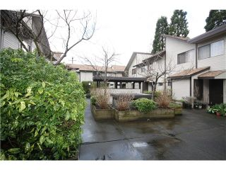 """Photo 13: 11 460 W 16TH Avenue in Vancouver: Cambie Townhouse for sale in """"Cambie Square"""" (Vancouver West)  : MLS®# V1054620"""