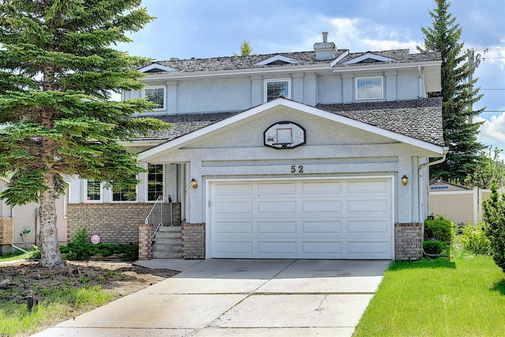Main Photo: 52 Shawnee Way SW in Calgary: Shawnee Slopes Detached for sale : MLS®# A1117428