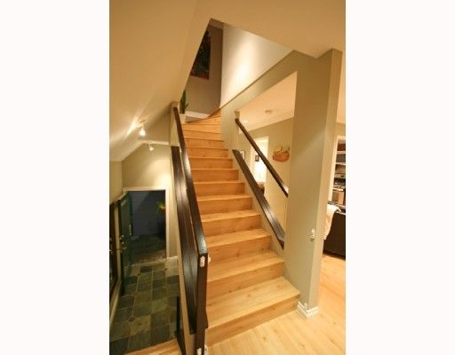 Photo 9: Photos: 3153 W 3RD Avenue in Vancouver: Kitsilano 1/2 Duplex for sale (Vancouver West)  : MLS®# V771650