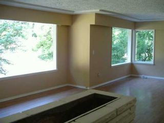 Photo 3: 110 CLEAR VIEW Drive in Port Moody: Port Moody Centre House for sale : MLS®# V597768