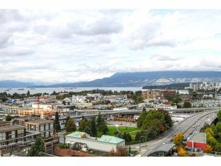 """Photo 1: 1304 1483 W 7TH Avenue in Vancouver: Fairview VW Condo for sale in """"VERONA OF PORTICO"""" (Vancouver West)  : MLS®# V1090142"""