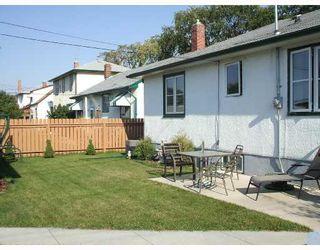 Photo 3: 428 ENNISKILLEN Avenue in WINNIPEG: West Kildonan / Garden City Single Family Detached for sale (North West Winnipeg)  : MLS®# 2716290