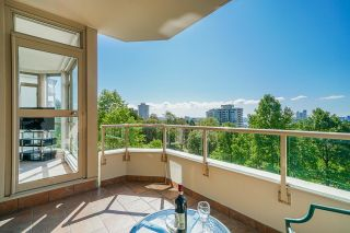 """Photo 19: 503 160 W KEITH Road in North Vancouver: Central Lonsdale Condo for sale in """"VICTORIA PARK PLACE"""" : MLS®# R2615559"""