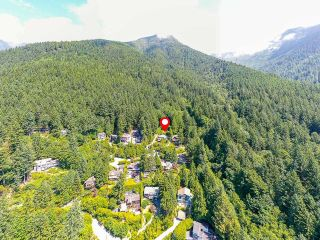 """Photo 3: 465 TIMBERTOP Drive: Lions Bay Land for sale in """"Lions Bay"""" (West Vancouver)  : MLS®# R2603157"""