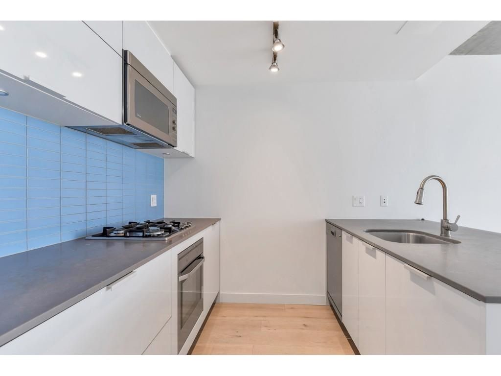 """Photo 5: Photos: 1704 128 W CORDOVA Street in Vancouver: Downtown VW Condo for sale in """"WOODWARDS"""" (Vancouver West)  : MLS®# R2592545"""