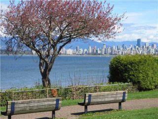 "Photo 1: 102 2110 YORK Avenue in Vancouver: Kitsilano Condo for sale in ""NEW YORK ON YORK"" (Vancouver West)  : MLS®# V1079189"