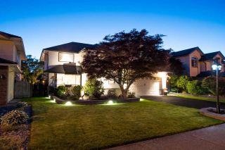 """Photo 1: 1693 SPYGLASS Crescent in Delta: Cliff Drive House for sale in """"IMPERIAL VILLAGE"""" (Tsawwassen)  : MLS®# R2588936"""