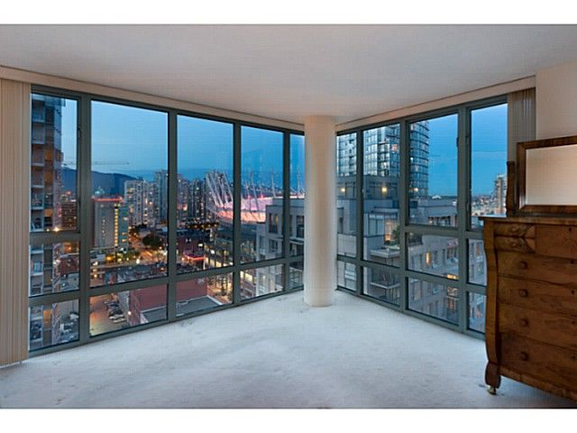 Photo 3: Photos: 2101 950 Cambie St in Vancouver: Yaletown Condo for sale (Vancouver West)  : MLS®# V1011470