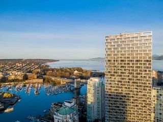 "Photo 6: P7-741 1480 HOWE Street in Vancouver: Yaletown Condo for sale in ""Vancouver House"" (Vancouver West)  : MLS®# R2574681"