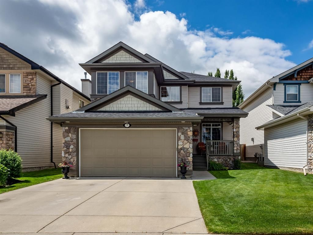 Main Photo: 7 Springbluff Boulevard in Calgary: Springbank Hill Detached for sale : MLS®# A1124465