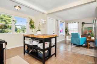 Photo 5: COLLEGE GROVE House for sale : 4 bedrooms : 3804 Jodi St in San Diego