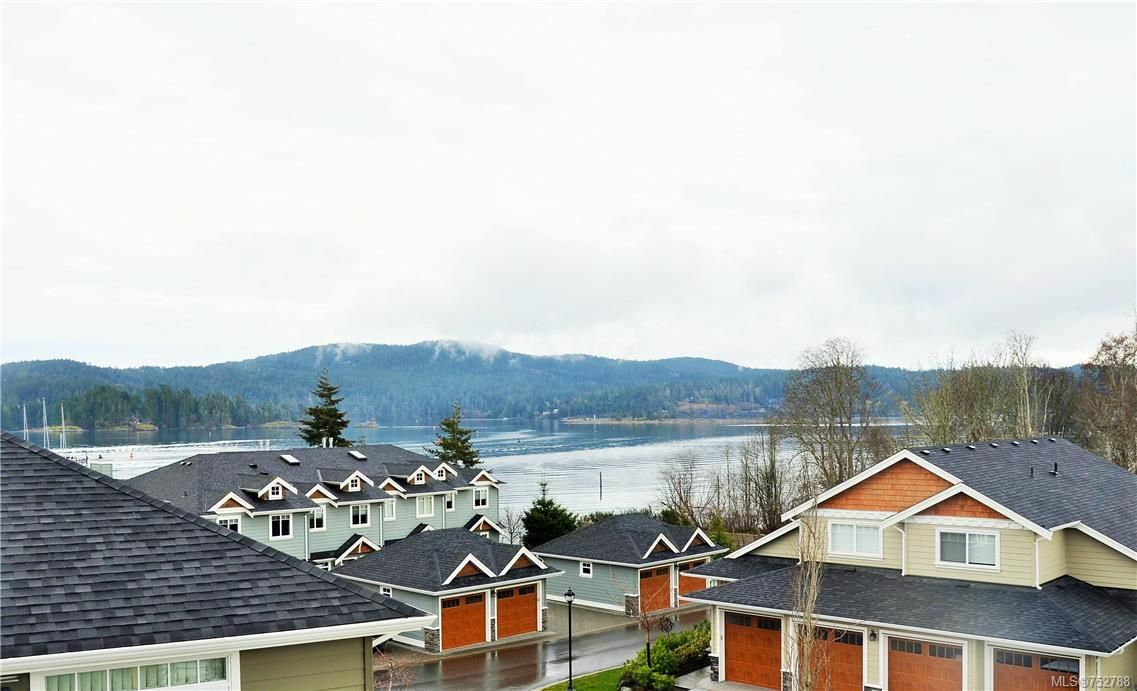 Main Photo: 11 6995 Nordin Rd in Sooke: Sk Whiffin Spit Row/Townhouse for sale : MLS®# 752788