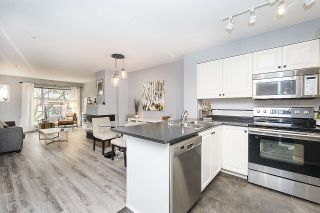 Photo 5: 202 2815 YEW Street in Vancouver: Kitsilano Condo for sale (Vancouver West)  : MLS®# R2255235
