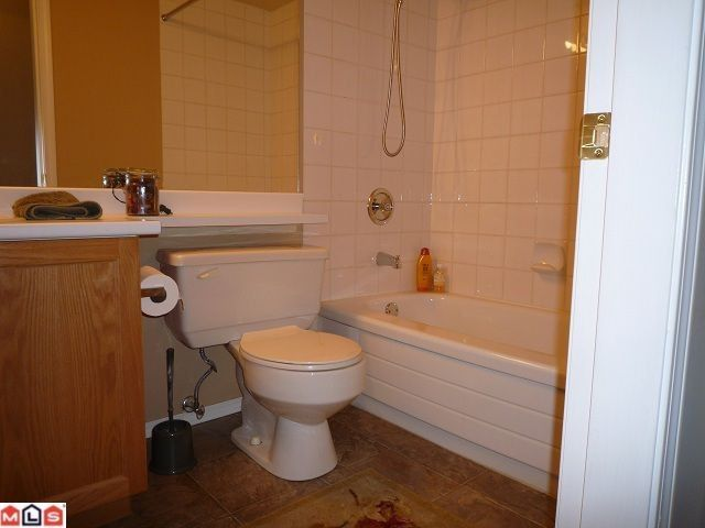 """Photo 6: Photos: 109 7500 COLUMBIA Street in Mission: Mission BC Condo for sale in """"Edward Estates"""" : MLS®# F1114183"""