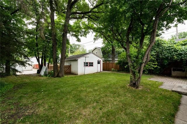 Photo 18: Photos: 516 Montague Avenue in Winnipeg: Riverview Residential for sale (1A)  : MLS®# 1817689