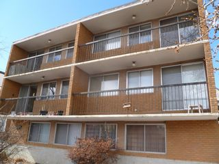 Main Photo: 631 9A Street NW in Calgary: Sunnyside Multi Family for sale : MLS®# A1031220