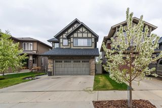 Photo 2: 1436 CHAHLEY Place in Edmonton: Zone 20 House for sale : MLS®# E4245265