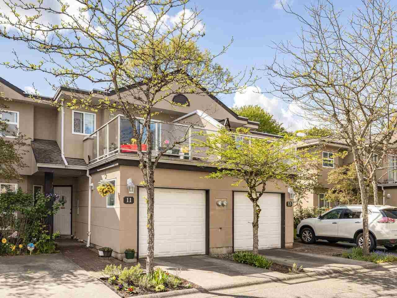 Main Photo: 11 15875 84 AVE Avenue in Surrey: Fleetwood Tynehead Townhouse for sale : MLS®# R2574652