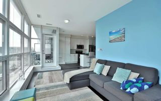 Photo 10: 208 4070 Confederation Parkway in Mississauga: City Centre Condo for sale : MLS®# W4933773
