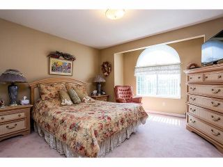 Photo 12: 14279 84 Avenue in Surrey: Bear Creek Green Timbers House for sale : MLS®# F1411849