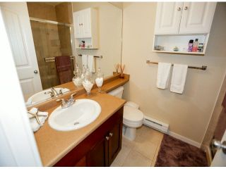 """Photo 15: 28 6852 193RD Street in Surrey: Clayton Townhouse for sale in """"INDIGO"""" (Cloverdale)  : MLS®# F1426154"""