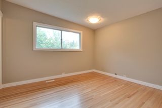 Photo 15: 9640 24 Street SW in Calgary: House for sale : MLS®# C3628130