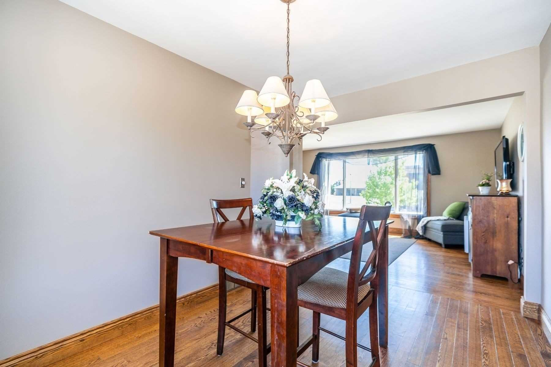 Photo 25: Photos: 26 East Lawn Street in Oshawa: Donevan House (Bungalow) for sale : MLS®# E4818284