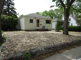 Photo 2: 307 Holland Avenue in Regina: Arnhem Place Residential for sale : MLS®# SK775915