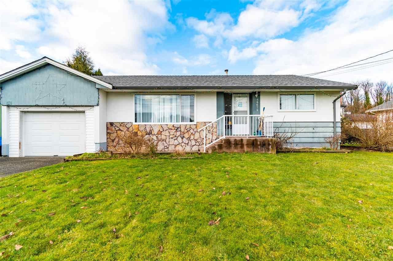 Main Photo: 46679 PORTAGE Avenue in Chilliwack: Chilliwack N Yale-Well House for sale : MLS®# R2533892