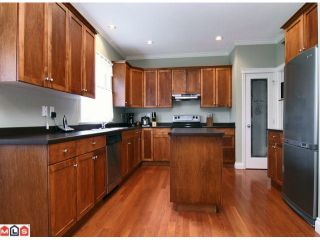 """Photo 2: 3158 COALMAN PL in Abbotsford: Aberdeen House for sale in """"STATION ROAD/ALDERGROVE"""" : MLS®# F1110805"""